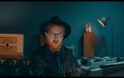 Alv McMartin publica el videoclip de 'Masquerader'