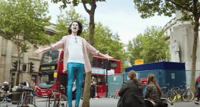 Alien Tango recorre las calles de Londres al ritmo de 'Sexy Time'