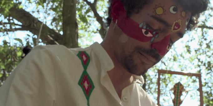 Muerdo presenta el clip de 'Lejos de la ciudad'