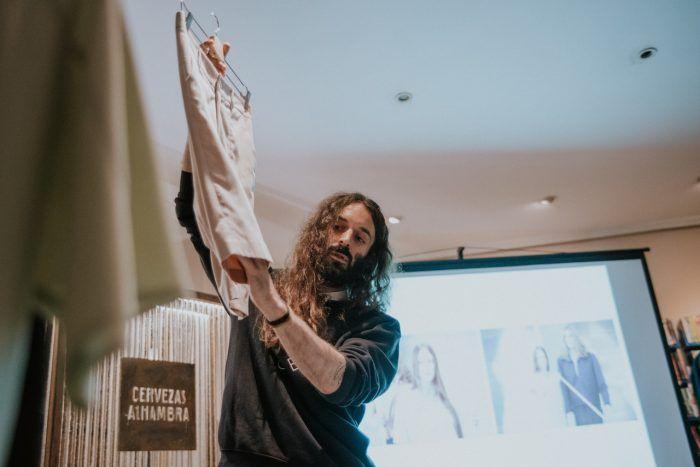 El diseñador Pedro Lobo hace un recorrido por sus cinco colecciones en Creando Despacio, de Murcia Inspira